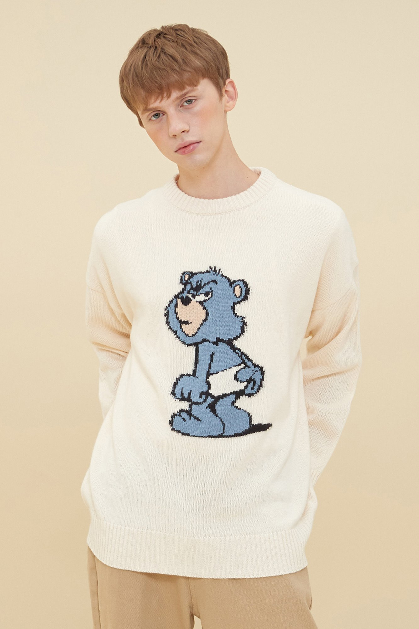 BLUE GRUMPY BEAR SWEATER_IVORY