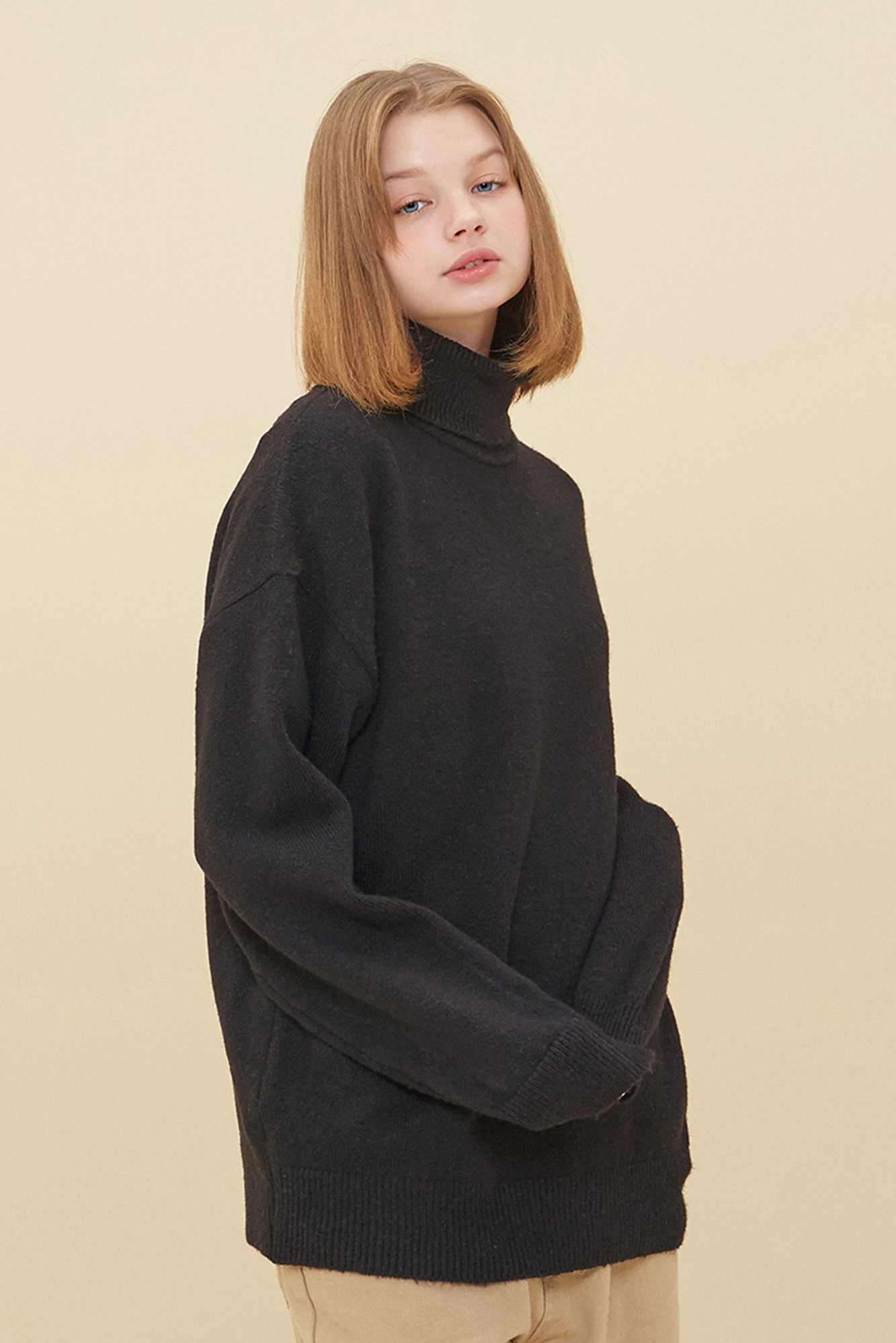 MELANGE TURTLE NECK SWEATER_BLACK